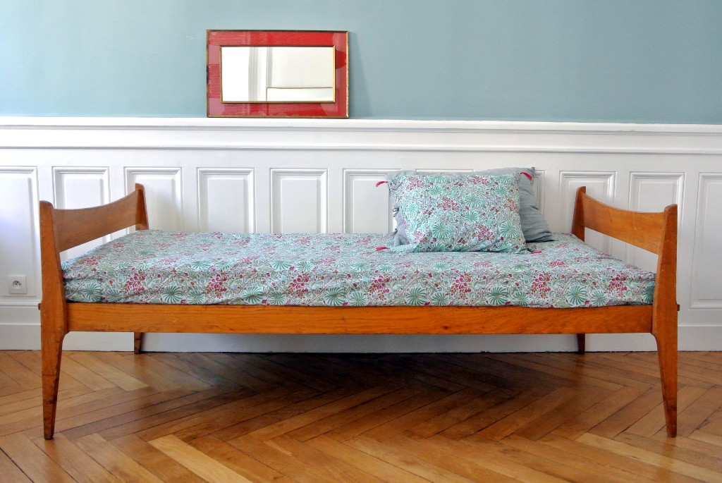 Banquette daybed style scandinave vintage années 50